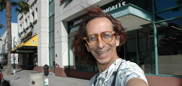 photo of Glenn Zucman at Hennessey & Ingalls in Santa Monica, CA